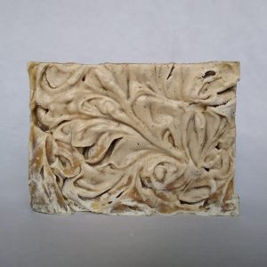 Berry Crisp Molasses 'n Oatmeal Soap